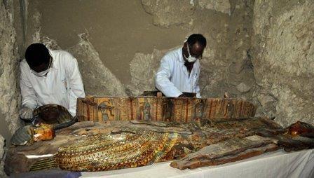 Археологи рассказали о сокровищах из найденной гробницы в египте