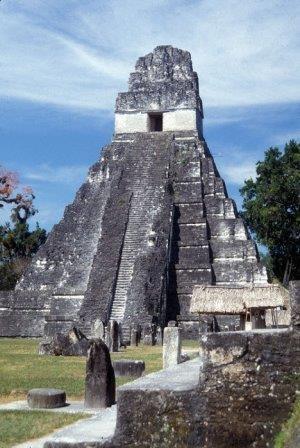 Археологи уточнили роль засух в исчезновении цивилизации майя