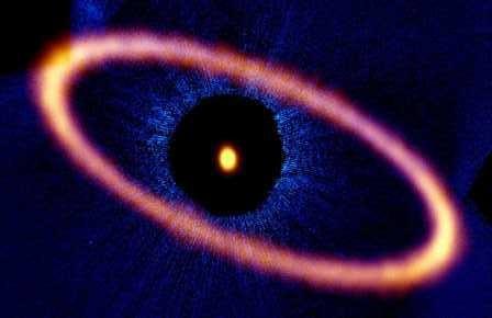 Астрономы нашли кольцо мусора вокруг фомальгаута