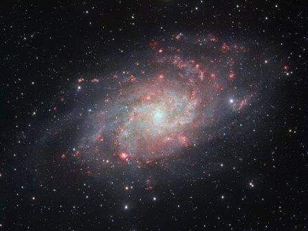 Астрономы получили детальное изображение галактики м33