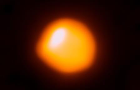 Астрономы сделали детальный снимок альфы ориона