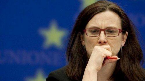 Брюссель может направить ввто жалобу нарешение трампа попошлинам - «экономика»