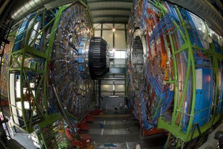 Церн готовится к перезапуску адронного коллайдера