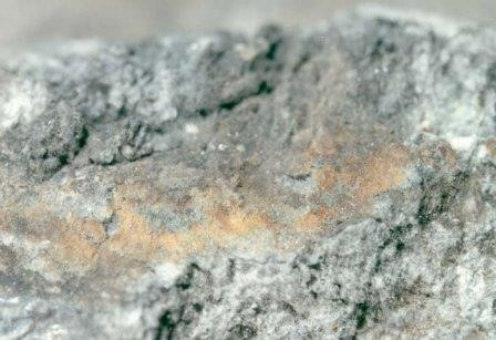 Геологи усомнились в существовании больших запасов воды на луне