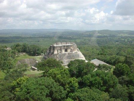 Гробница майя найдена в древнем городе в белизе