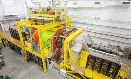 Эксперимент cebaf начинает приоткрывать завесу тайны универсального «клея», скрепляющего всю материю во вселенной