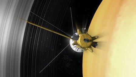 «Кассини» неожиданно не нашел пыли в «дырке» между кольцами и сатурном