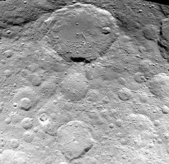 Космический зонд dawn сделал новые детальные изображения цереры
