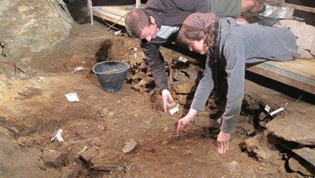 Крайне странные похоронные ритуалы первых европейцев