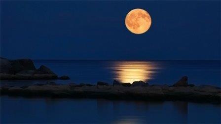 «Кровавая» тень: россияне смогут увидеть лунное затмение