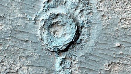 Наса обнаружило на марсе кратер, вывернутый «наизнанку»
