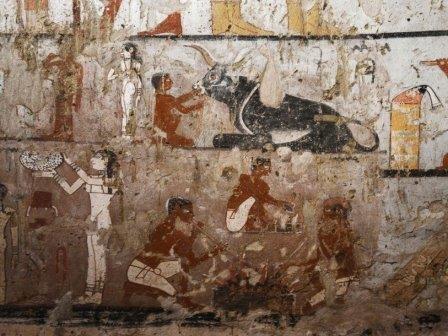 Недалеко от пирамиды хеопса нашли гробницу знатной жрицы