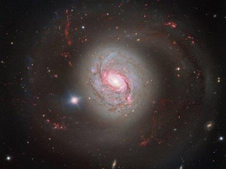 Очень большой телескоп сфотографировал галактику м77