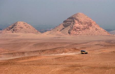 Остатки древней пирамиды обнаружены к югу от каира