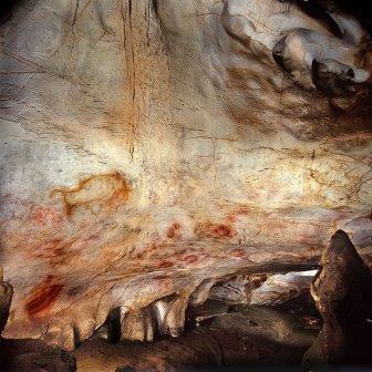 Первые картины мира нарисовали неандертальцы