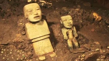 Под теотиуканом археологи обнаружили десятки тысяч ритуальных предметов