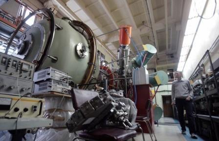 Сибирские физики предложили использовать плазму в коллайдерах, чтобы уменьшить их размер