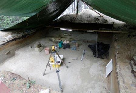 Ученые нашли в приангарье жилище древнего человека с интерьерными камнями