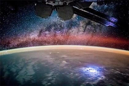 Ученые заявили о проблеме синхроничности вселенной