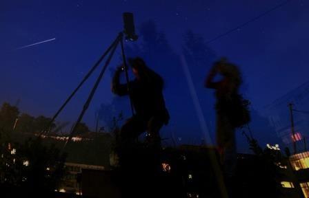 В декабре можно будет увидеть комету каталина и два звездопада