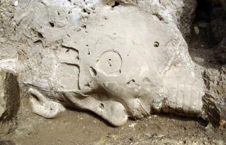В египте восстановили статую аменхотепа iii, разбившуюся более 3 тысяч лет назад