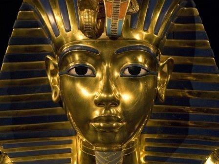 В гробнице тутанхамона обнаружены признаки неисследованного помещения