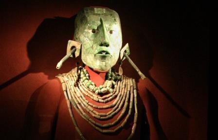 В мексике ученые расшифровали надпись на гробнице одного из вождей народа майя
