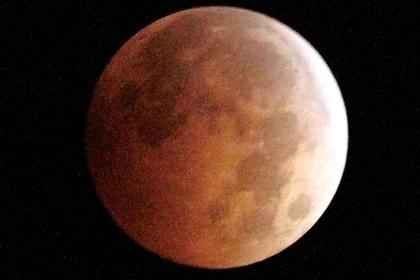 В ночь на 28 сентября земляне увидят огромную «кровавую луну»